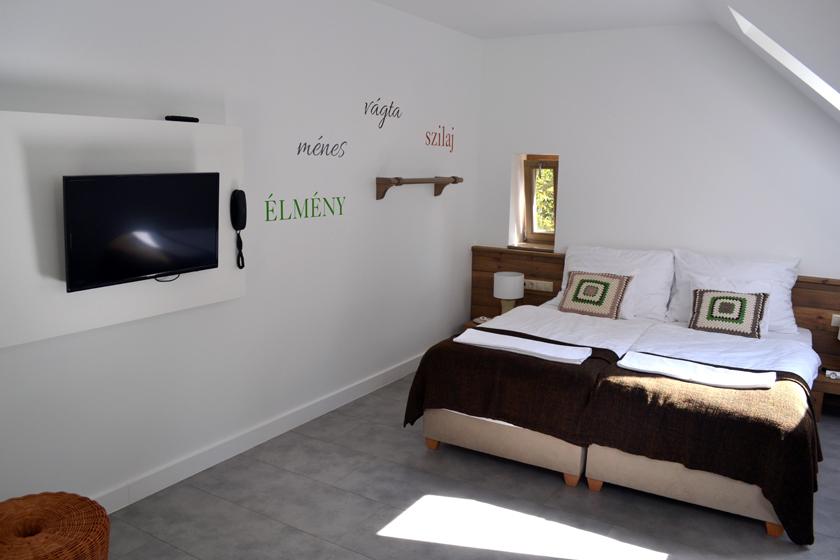 Csikósház - tetőtéri apartman
