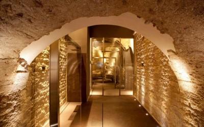 Wellness hotel a román kori kövek között